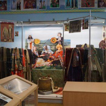 Экспозиция, посвященная башкирскому народному костюму